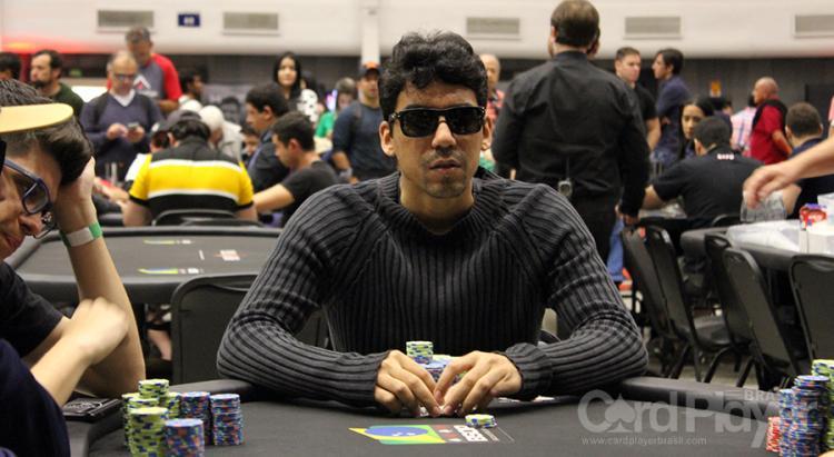 """Pablo """"pabritz"""" Brito leva a melhor no Evento 44 Medium do SCOOP/CardPlayer.com.br"""