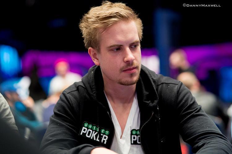 """Viktor """"Isildur1"""" Blom embolsa US$ 168 mil nos high stakes/CardPlayer.com.br"""