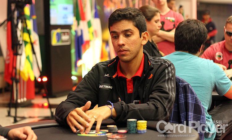 """Flávio """"Random_shot"""" Reis leva a melhor no $109 Big Bounty Hunter/CardPlayer.com.br"""
