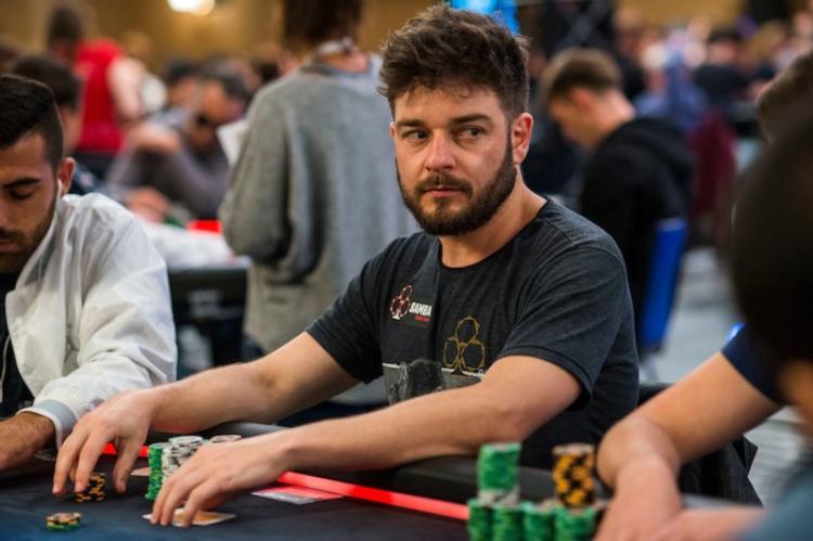 "Fabiano ""Kovalski1"" Kovalski apronta no $530 Daily Supersonic/CardPlayer.com.br"
