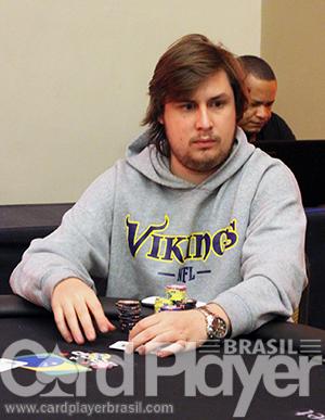 """Após ficar com 2 bbs, Pedro """"gusmaa"""" Madeira crava o Sunday Grand/CardPlayer.com.br"""
