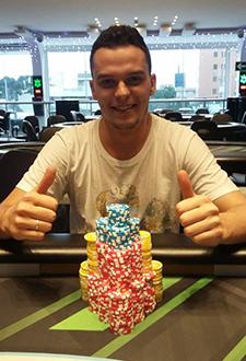 "Patrick ""Nelepo10"" Ulysséa sobe ao pódio do Mini Super Tuesday/CardPlayer.com.br"