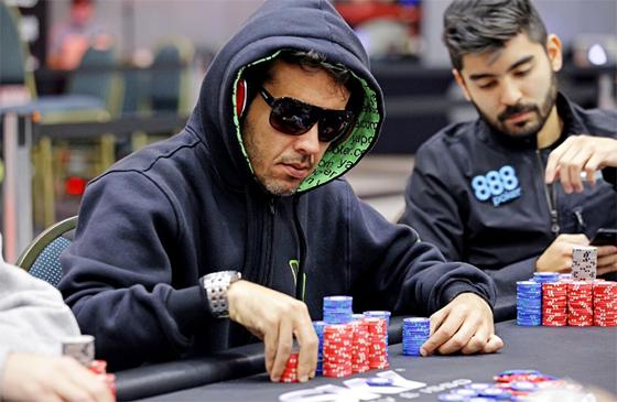 Emerson Agapito lidera os nove sobreviventes do BSOP São Paulo/CardPlayer.com.br