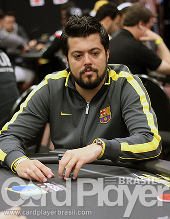 "Armando ""Zareta"" Sbrissa sobe ao pódio do Mini Super Tuesday/CardPlayer.com.br"