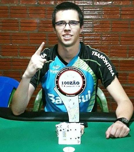 "Luis Henrique ""luisnrd"" Dorneles crava o Mini Super Tuesday/CardPlayer.com.br"