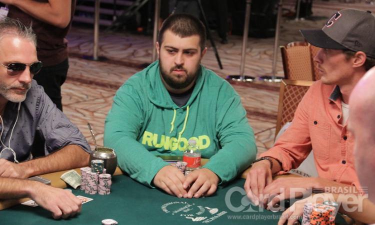 Scott Blumstein dispara na liderança do Main Event da WSOP/CardPlayer.com.br