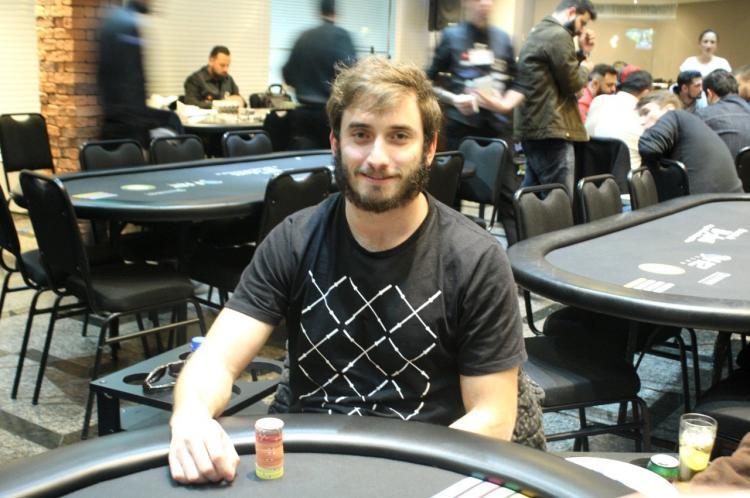 """Pedro """"pvigar"""" Garagnani dá show no PokerStars/CardPlayer.com.br"""