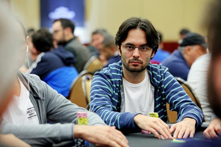 Pedro Correa forra pesado nos torneios online/CardPlayer.com.br