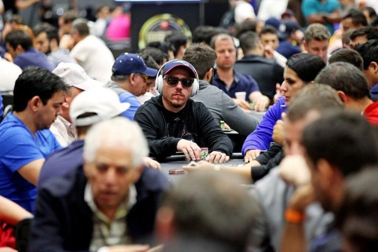 Guilherme Cheveau apronta no PokerStars e no partypoker /CardPlayer.com.br