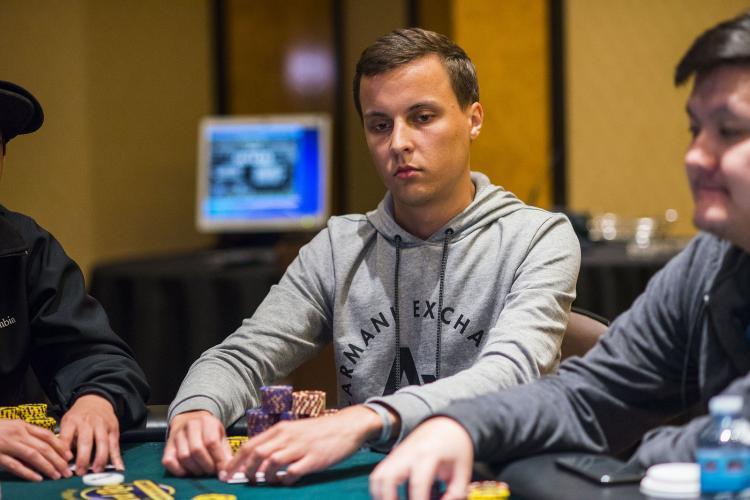 Aleksandr Shevelev puxa a fila no Dia 4 do WPT Lucky Hearts/CardPlayer.com.br
