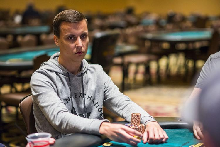 Aleksandr Shevelev puxa a fila na FT do WPT Lucky Hearts Open/CardPlayer.com.br