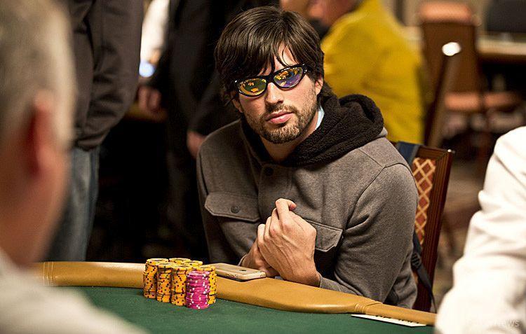 Profissional expulso do Main Event processa a WSOP /CardPlayer.com.br