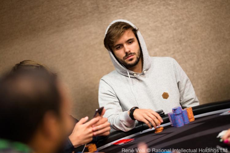 """Yuri """"theNERDguy"""" Martins leva a melhor no Thursday Thrill/CardPlayer.com.br"""