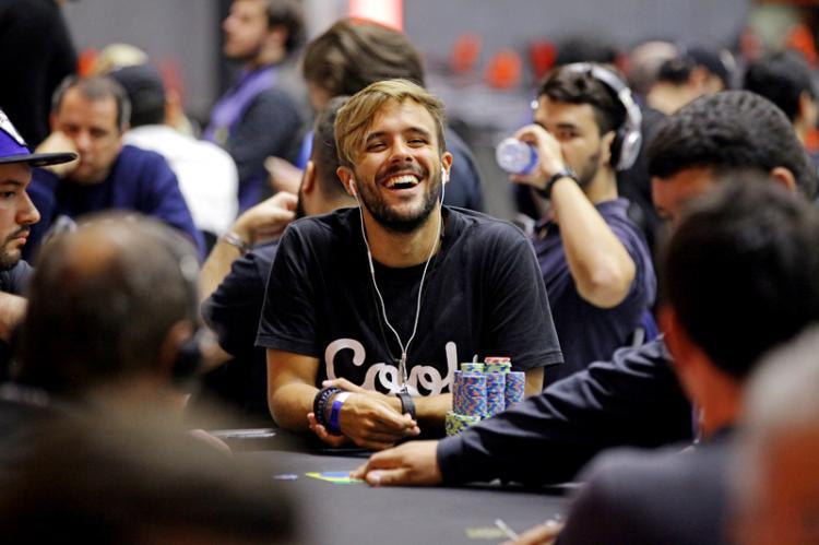 "Yuri ""theNERDguy"" Martins é vice no WCOOP e fatura US$ 166 mil/CardPlayer.com.br"