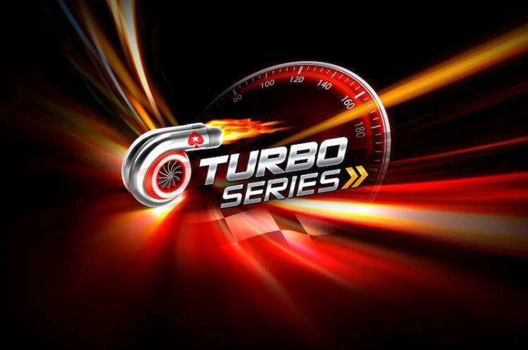 """Caio """"AAnaKKonda"""" Ataíde conquista o tri do Brasil na Turbo Series/CardPlayer.com.br"""