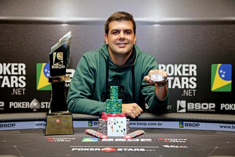 Victor Nicolato vence Main Event do BSOP São Paulo/CardPlayer.com.br