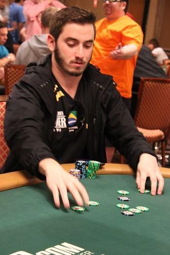 """Pedro """"pvigar"""" Garagnani é campeão do Evento 76 Low do WCOOP/CardPlayer.com.br"""