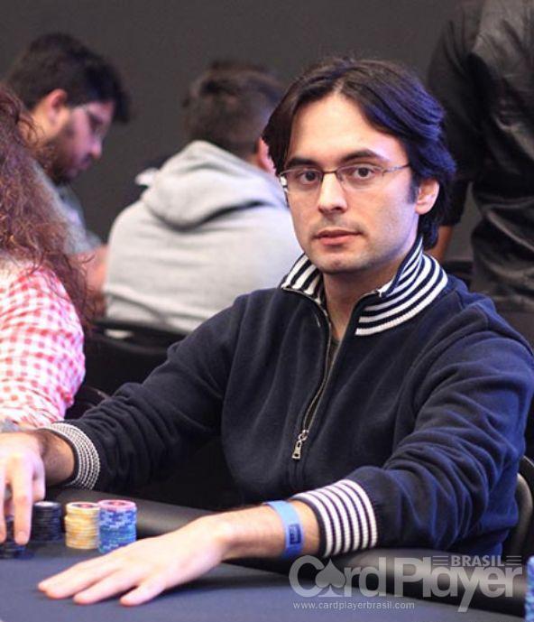 """Pedro """"peterwhooo"""" Correa leva a melhor no Hot $55/CardPlayer.com.br"""
