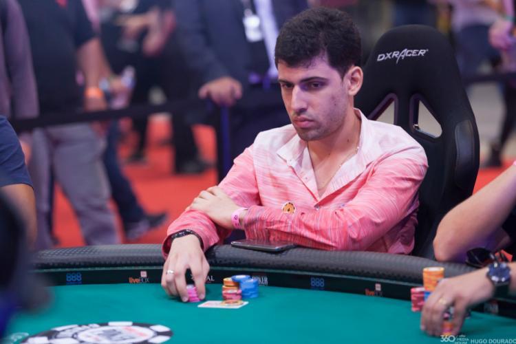 """Hélio """"theKKingAA"""" Neves conquista o título do $215 Sunday Special/CardPlayer.com.br"""