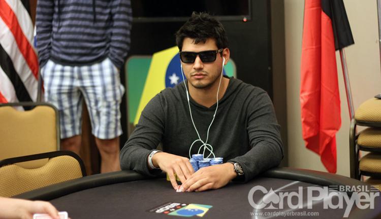 "Felipe ""lipreTTT"" Costa avança no EPT Malta/CardPlayer.com.br"