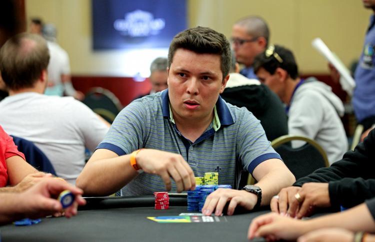 Renato Machado assume a liderança do BSOP São Paulo/CardPlayer.com.br