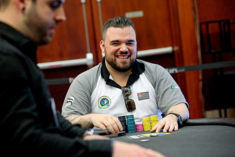 "Pedro ""zidanilo20"" Padilha crava Big Thursday Bounty Hunter/CardPlayer.com.br"