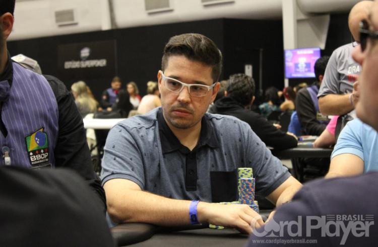 Vitor Rangel puxa a fila no Dia Final do Monster Stack da WSOP/CardPlayer.com.br