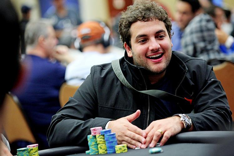 João Simão conquista o título do $530 Sunday Big Bounty Hunter/CardPlayer.com.br