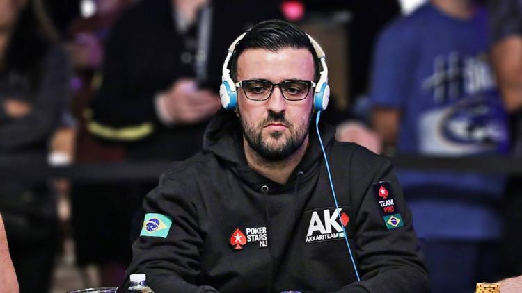 André Akkari coloca o Brasil no Dia 3 do Razz Championship/CardPlayer.com.br