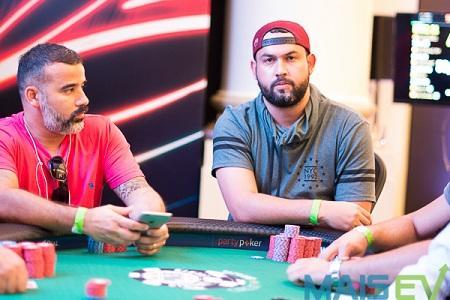 Alisson Pereira puxa a fila na decisão do Super High Roller do WSOP Circuit Brasil/CardPlayer.com.br