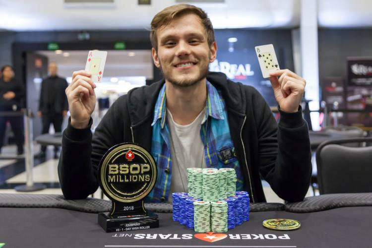 Alisson Piekazewicz é campeão do 1-Day High Roller do BSOP Millions/CardPlayer.com.br