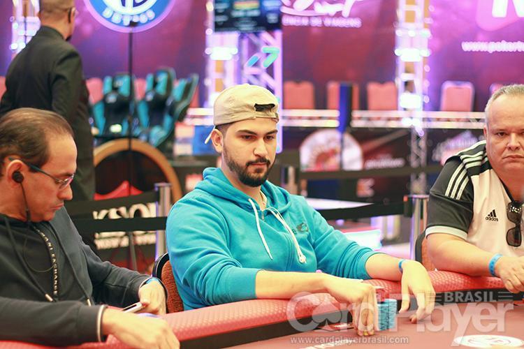 """Gabriel """"aaurelio"""" Moura é campeão do Bounty Builder $109/CardPlayer.com.br"""