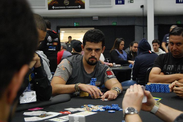 """Matheus """"M Cunha G"""" Cunha sobe ao pódio do Bounty Builder $215/CardPlayer.com.br"""