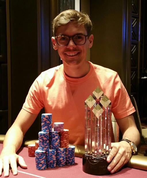 Fedor Holz leva a melhor em Super High Roller do Aria /CardPlayer.com.br