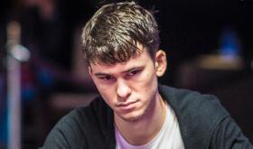Timofey Kuznetsov crava último torneio da Triton Jeju /CardPlayer.com.br