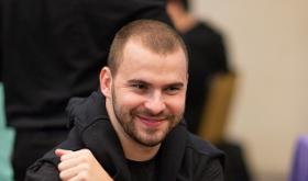 """""""internett93o"""" é campeão do Bounty Builder High Roller/CardPlayer.com.br"""