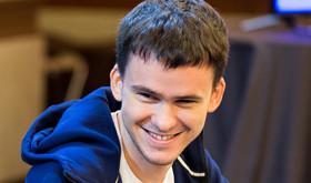 """Timofey """"Trueteller"""" Kuznetsov assina com o partypoker/CardPlayer.com.br"""