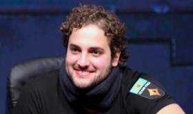 """João """"IneedMassari"""" Simão vence o Super Tuesday/CardPlayer.com.br"""