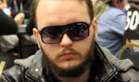 """Regis """"capotinha"""" Kogler leva a melhor no Bounty Builder $109/CardPlayer.com.br"""