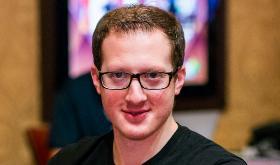 Mike Del Vecchio assume a liderança do Aussie Millions/CardPlayer.com.br