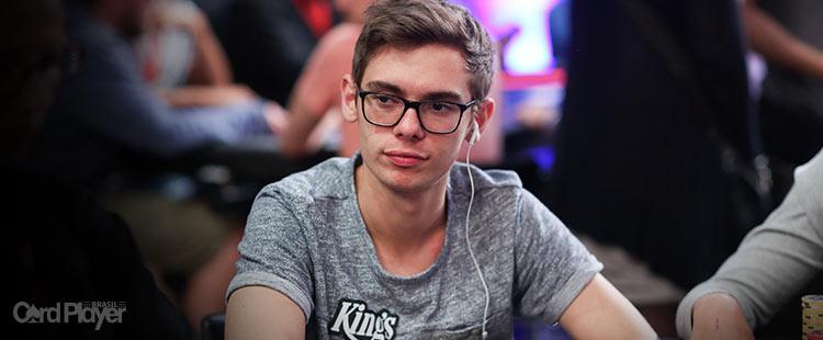 (CAPA) EDIÇÃO 110: Kaiser Holz - O Novo Imperador do Poker Mundial