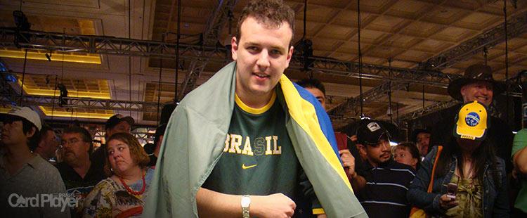 (CAPA) EDIÇÃO 12: Alexandre Gomes - O Primeiro Bracelete do Brasil