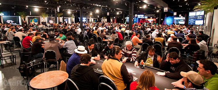(CAPA) EDIÇÃO 44: O Esporte Mais Rico - Como o poker se tornou o esporte individual mais rico do Brasil