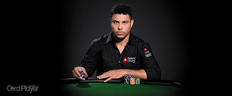 (CAPA) EDIÇÃO 69: Ronaldo Fenômeno - O Camisa 9 do PokerStars