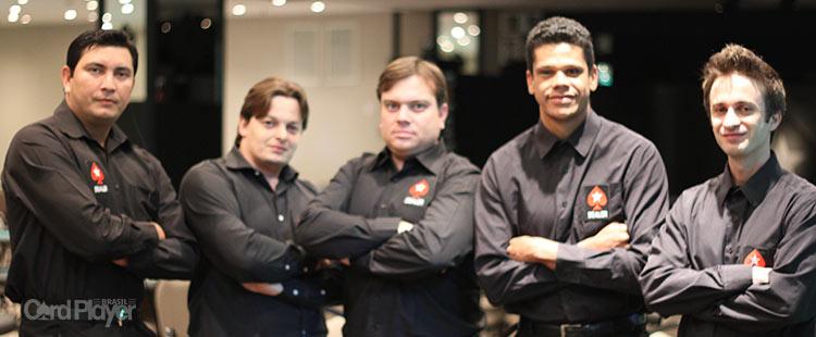 (CAPA) EDIÇÃO 70: Donos do Jogo - A Profissão que dita o ritmo nas mesas de Poker