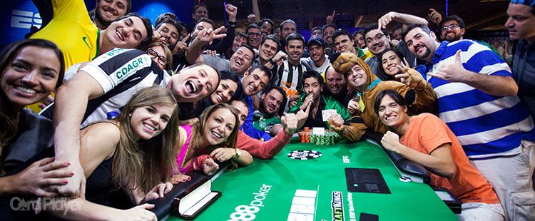 (CAPA) EDIÇÃO 96: Thiago Decano - Thiago Decano conquista bracelete na WSOP 2015